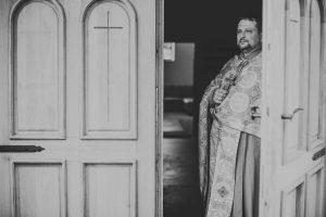 pravoslavni-zupnik-vabi-v-cerkev