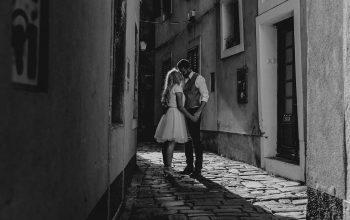 Kako do spontanega poročnega fotografiranja